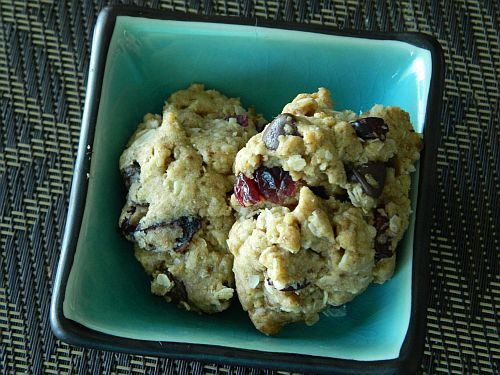 Chocolate Chip, Craisin and Oatmeal Cookie Recipe